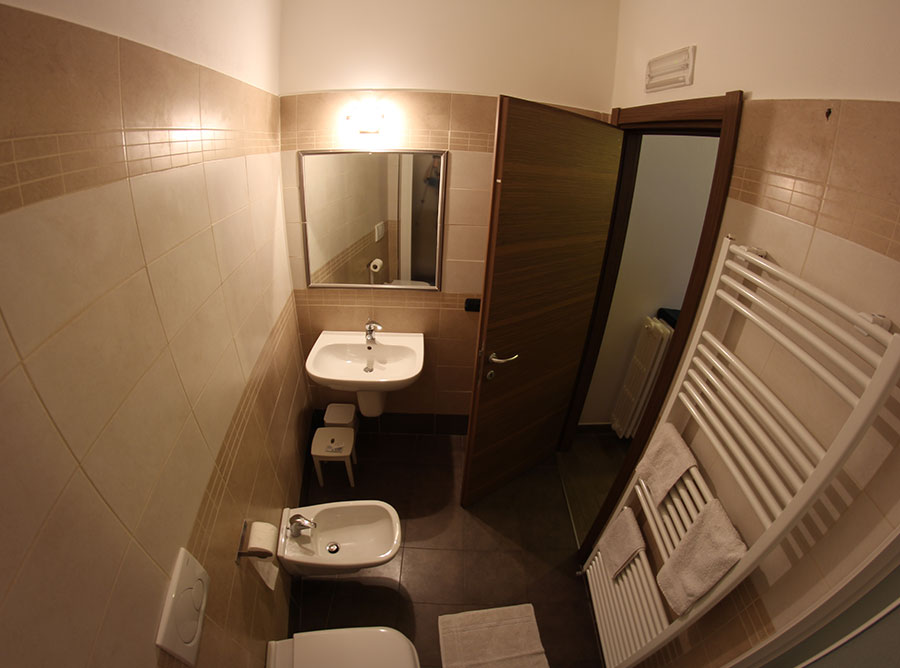 Room B - Bathroom